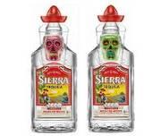 SIERRA Tequila Shotglas-Onpack: Totenkopf-Design in den neuen Farben Rosa und Grün