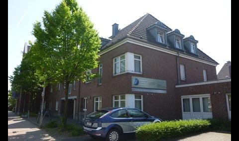 Immobilien Center Teeuwen GmbH