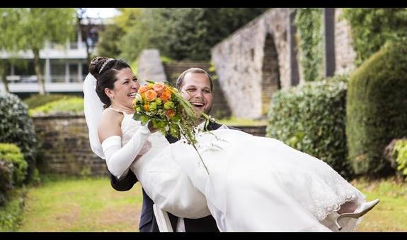Brautmoden Lilija