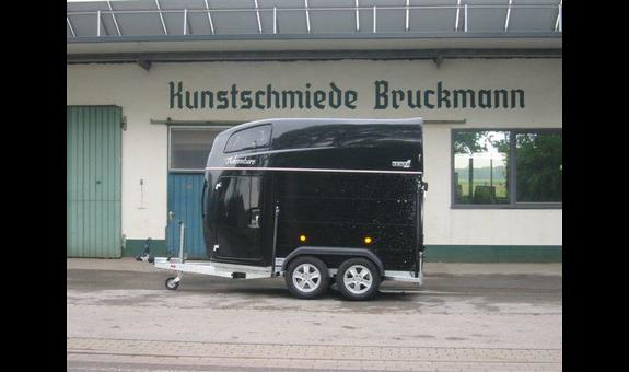 Bruckmann Anhänger & Zäune