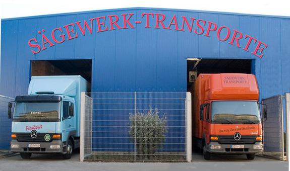 Sägewerk-Transporte