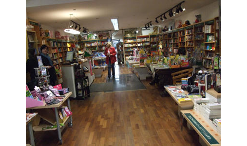 Buchhandel Lesestoff