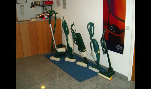 Staubsauger-Zentrale Schemschat