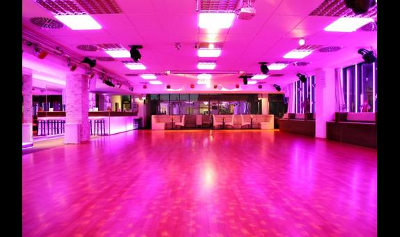 Dance maxX GmbH