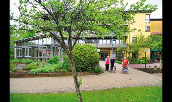 Senioren- u. Pflegeheim