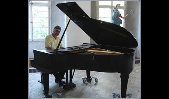 Piano Stühler