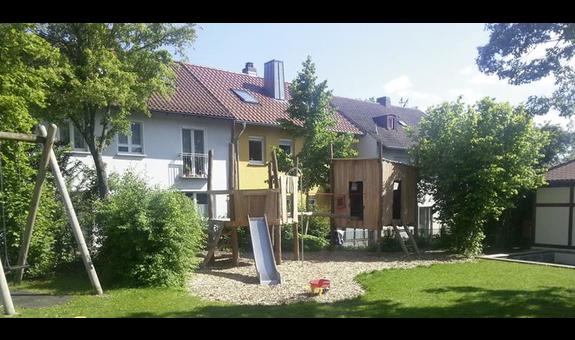 Goldenes Kinderdorf