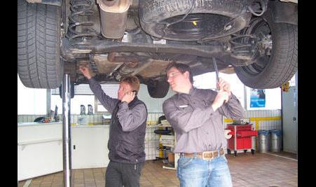 Schwarzkopf Autohaus Filiale der AAC Sigg GmbH Opel Chevrolet und Subaru Vertr. Hdl.