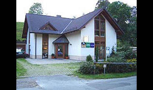 Arnold Parkett-Service, Ruben Arnold