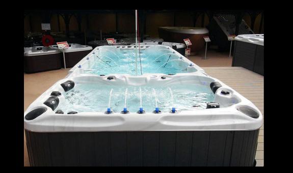 Whirlpool-Zentrum-Stuttgart European Spas