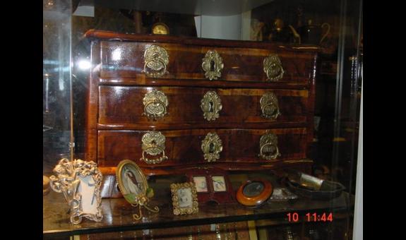 Antiquitäten Ankauf Esslingen : ➤ antik aller art helmut schilling 70176 stuttgart west