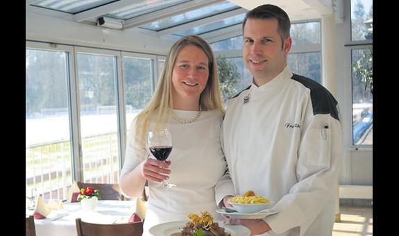 Kickers CLUB RESTAURANT - Gastronomie Rörich