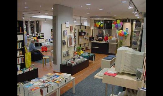 Bunter Bücherladen U. Straub & Co Buchladen KG