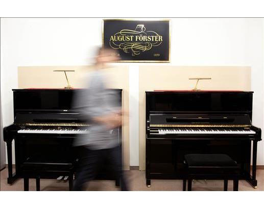Kundenbild klein 5 Klaviere Düsseldorf Schröder