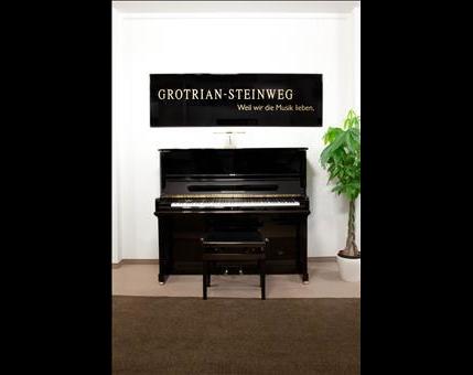 Kundenbild klein 1 Klaviere Düsseldorf Schröder