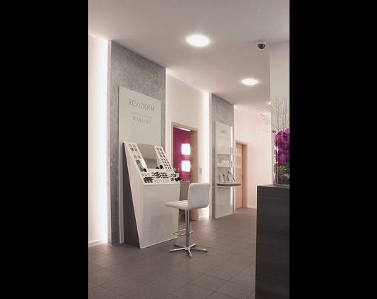 Kundenbild klein 8 Kosmetikstudio REVIDERM skinmedics Feucht, Kosmetik Petra Reger