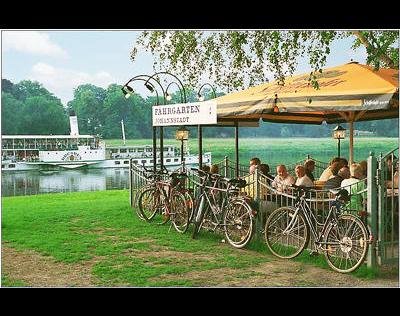 Kundenbild klein 3 Elberadweg Fährgarten Johannstadt