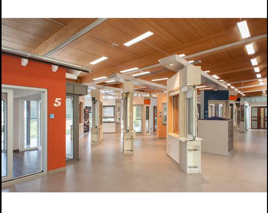 Kundenbild klein 10 Müller+Co GmbH Fenster Türen