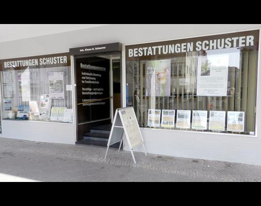 Kundenbild klein 11 Bestattungen Schuster Berlin GmbH
