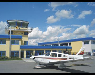 Kundenbild groß 1 Flugdienst - Flugschule Reinhard Günther
