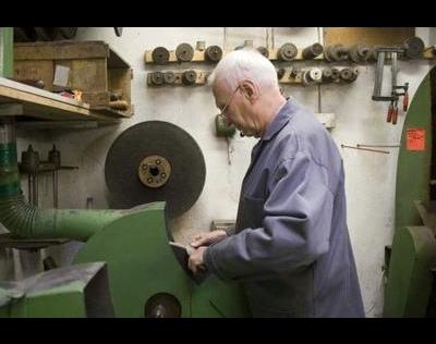 Kundenbild klein 3 Massari, Enrico Messer Massari Waffen Stahlwaren