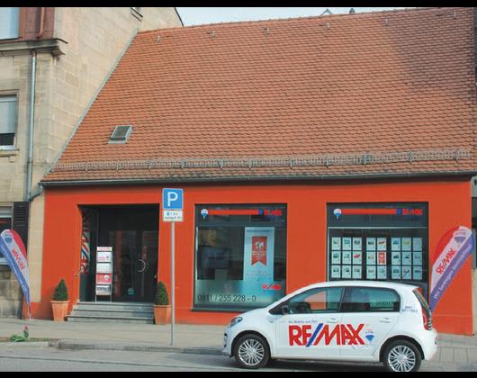 Kundenbild groß 1 BADALES Gesellschaft für Grundstücks- und Vermögensentwicklung mbH RE/MAX