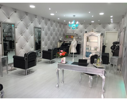 Kundenbild klein 2 YBERA Salon de Beauté & Haartherapiezentrum