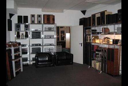 unterhaltungselektronik in d sseldorf. Black Bedroom Furniture Sets. Home Design Ideas