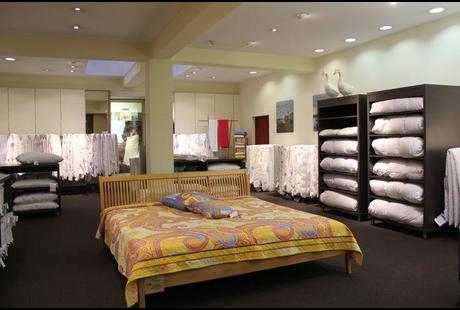 firma in d sseldorf rueckenschmerzen. Black Bedroom Furniture Sets. Home Design Ideas
