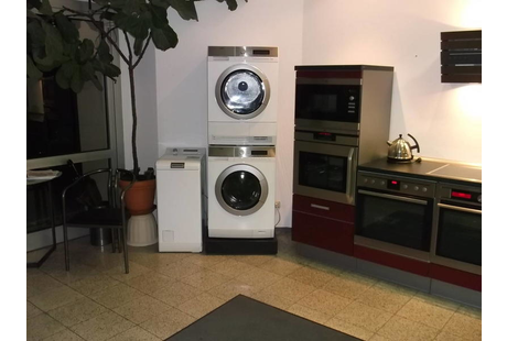 firma in bayreuth kundendienst. Black Bedroom Furniture Sets. Home Design Ideas
