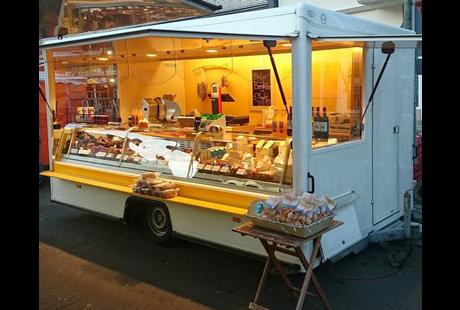 Kundenbild klein 5 Almpur - Tiroler Spezialitäten auf dem Wochenmarkt